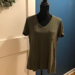 Bundle of Universal Thread Monterey t-shirts (2)